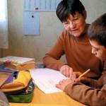 La SSVP propose du soutien scolaire gratuit aux enfants de familles démunies.