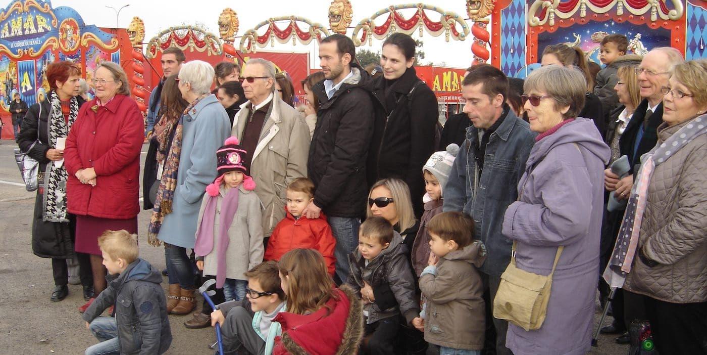 bénévoles et personnes accompagnées des photo de la ssvp des pyrénées orientales