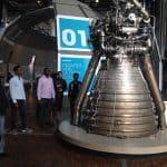 Jeunes migrants en visite de la Cité des Sciences de La Villette